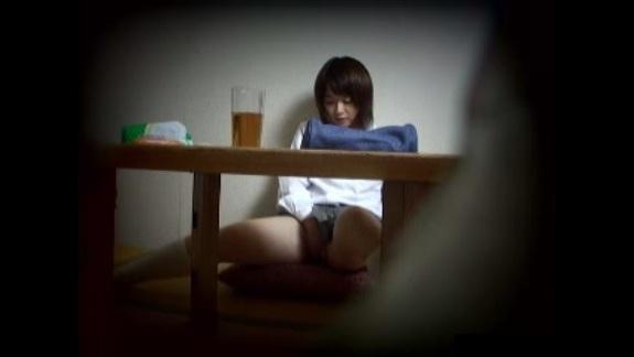 【覗き】カワイイ制服娘の勉強の合間オナニーを隠し撮りwww【盗撮】